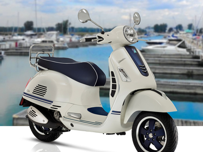 VESPA GTS YATCH CLUB